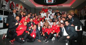 Beşiktaş'tan 'tur' pozu