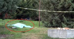 Silah sesini duydukları yere koştular, yerde yatan cesedi gördüler