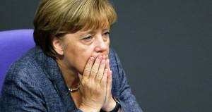 Merkel'e partisinden şok: Tarihi hezimet yaşattın, artık istifa et!