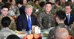 Trumpın askerleri, yabancı kadınlarla uygunsuz ilişkiye girmiş