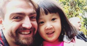 Caner, milyonlarca kişiyi ağlatan çocukla selfie çektirdi