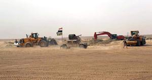 Irak ordusu harekete geçti! Eli kanlı örgüt, çölden süpürülecek