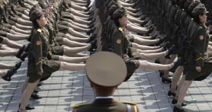 Kimin kadın askerinden şoke eden itiraflar! Tecavüze uğruyorlar