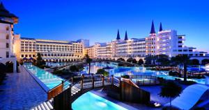 Lüks otelde, Hint düğünü için 10 milyon dolarlık tadilat