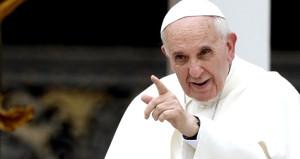 Papa 'şeytan gerçek bir kişi' dedi, insanlar şoka girdi