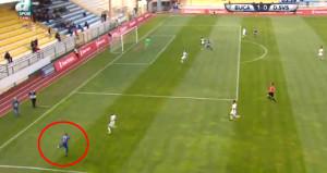 Dünya Abdullahın golünü konuşuyor: Carlosun golünü attı