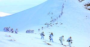Zorlu koşullar Mehmetçik'i durduramadı! PKK'ya çok ağır kış darbesi