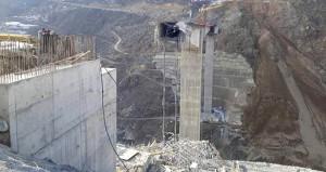 Türkiyenin en büyük köprüsü olacaktı, yapım aşamasında çöktü