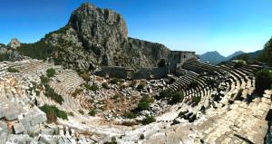Antalyada bulunan 2 bin yıllık yön taşı, yeni bir kentin habercisi