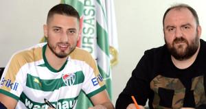 Bursaspor, Rumen yıldızla sözleşme imzaladı