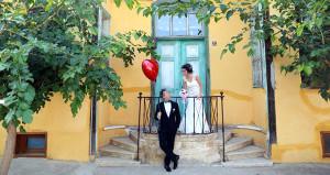 Düğün fotoğraflarını beğenmeyen çiftten, fotoğrafçıya tazminat davası