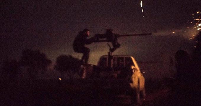 Sınırda hareketli dakikalar! DEAŞ'lı canlı bomba kendini patlattı