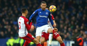 Cenk Tosunlu Everton yine kazanamadı