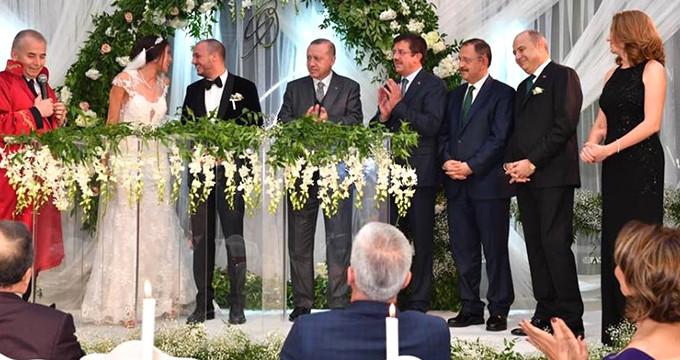 Cumhurbaşkanı Erdoğan Denizli'de nikaha katıldı