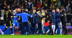 Fenerbahçe-Göztepe maçı sonrası ortalık karıştı