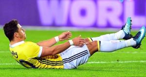 Fenerbahçeye kötü haber! Yıldız futbolcu 3-4 hafta yok