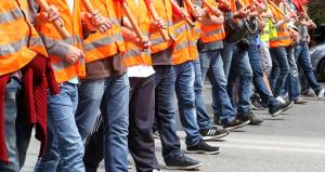 Metal sektöründe iki sendika grev kararı aldı