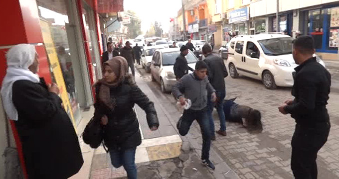 Suriye'den açılan taciz ateşi paniğe neden oldu! O anlar kamerada