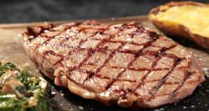 Skandal hesap! 4 turist biftek yedi, 5 bin lira ödedi