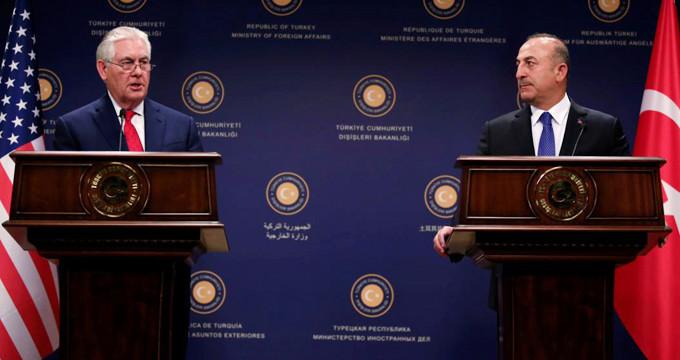 """""""Türkiye'ye roket atmamışlar Mevlüt"""" diyen ABD'liye dersini verdi!"""