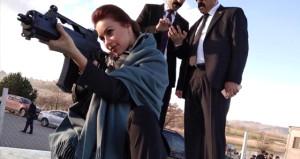 Ünlü Macar oyuncudan Türk askerine destek: Allah yardımcıları olsun