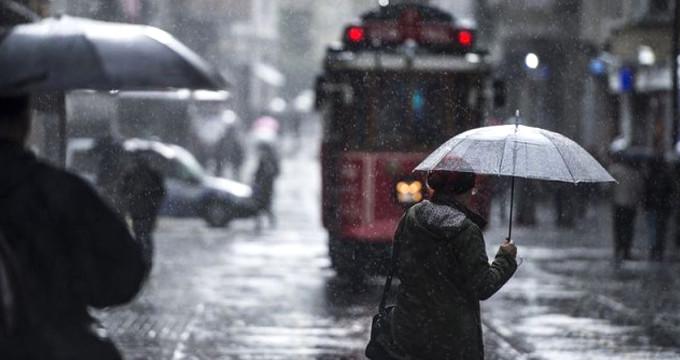 Meteoroloji tarih verdi! İstanbul'a karla karışık yağmur geliyor
