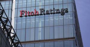 Fitchden akılalmaz karar! Krizdeki Yunanistanın kredi notu yükseldi