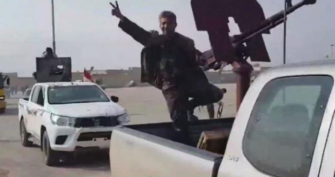 Rejim güçleri Afrin'e girmeye başladı! İşte ilk görüntüler