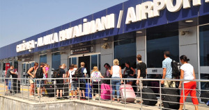 Gazipaşa - Alanya Havalimanı rekora koşuyor