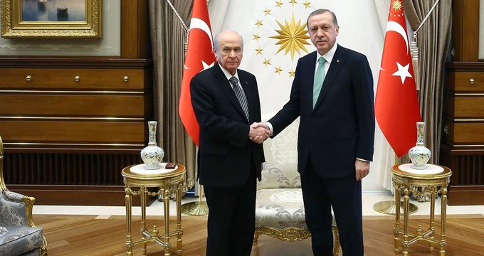 AK Parti-MHP koalisyonu iddiasına hükümetten sert yanıt!