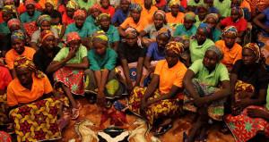 Bir ülke alarma geçti! Kaçırılan 110 kız her yerde aranıyor