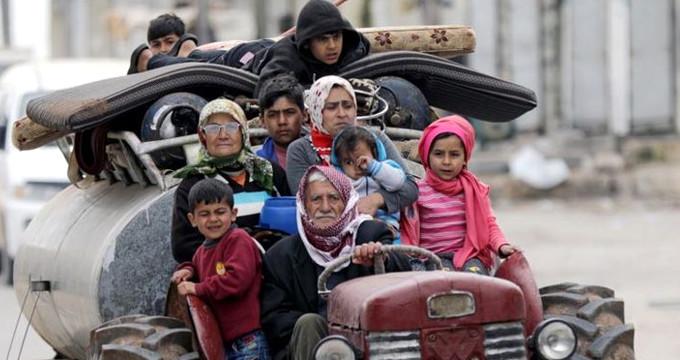 Siviller Afrin'den böyle kaçtı! İşte ilk görüntüler