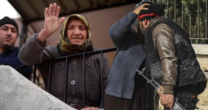 Afrin halkı, teröristlerin nasıl kaçtığını anlattı!