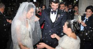 Sevgilisini eşinden boşatıp evlenmişti! Şimdi de kızını sildi