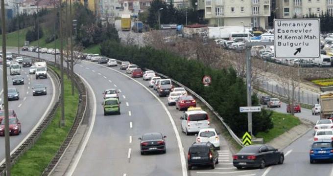 Köprü trafiğine girmek istemeyen sürücüler geri geri gitti!