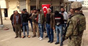 Afrin halkı, teröristleri Mehmetçik'e böyle teslim etti