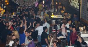 İranlı turistler Nevruzu Marmaris barlarında kutladı