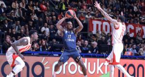 Fenerbahçe Doğuş, Avrupanın en zor deplasmanında farklı kazandı