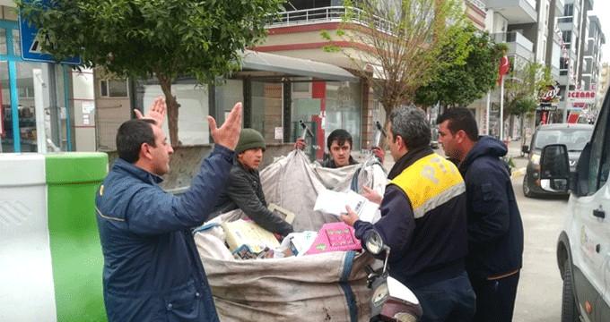 Hurdacı çocuk resmi evrakları çöp zannedip aldı, ekipler peşine düştü!