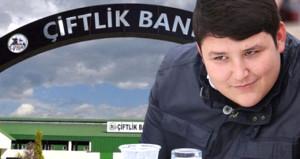 Türkiye 77 bin kişiyi dolandıran Tosun için harekete geçti