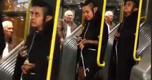 Metrobüste hayrete düşüren görüntü!