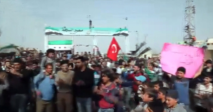 Tel Rıfat'ta halk ayağa kalktı: Türk askeri bizi de kurtarsın