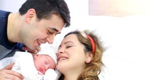 Yargıtay mahkeme kararını bozdu: Çocuğa ismi anne baba birlikte koyar