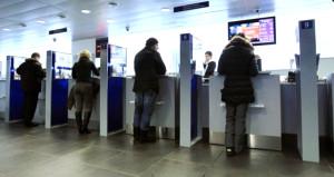 Ölmüş müşterilerinden aidat toplamaya devam eden bankaya soruşturma