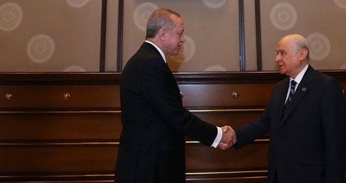 AK Parti önerdi, Bahçeli itiraz etti! İYİ Parti için formül bulunamadı
