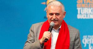 Başbakan, AK Parti'yle özdeşleşen şarkıyı söyledi