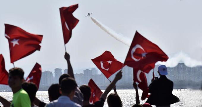 23 Nisan'da Türk Yıldızları'ndan nefes kesen gösteri