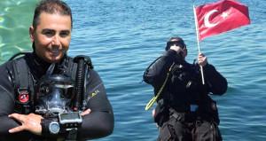 Çılgın Türk denizin ortasında rekor kırdı, Guinnesse girdi