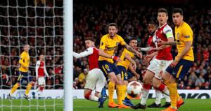 Arsenal, 10 kişi kalan Atleticoya diş geçiremedi
