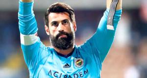 Volkan Demirel'den Fenerbahçe kariyeri için tarihi karar